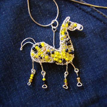 Zawieszka Koń Żółty