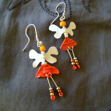 Kolczyki Aniołki Biało Pomarańczowe